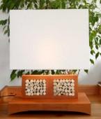 lampe bois et cailloux