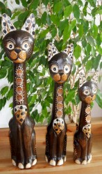 chat-rond-en-bois-SB030
