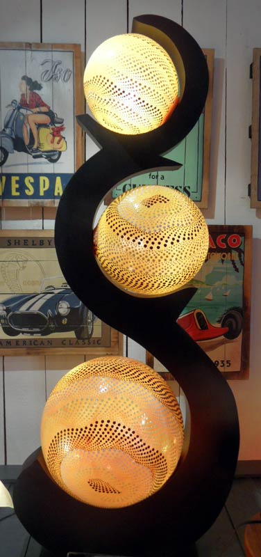 lampe contemporaine 3 boules jaune. Black Bedroom Furniture Sets. Home Design Ideas