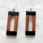 boucles-oreilles-bois-corne-rectangle