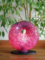 lampe-design-donut-violet-eclaire