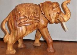 éléphant gravé 40cm
