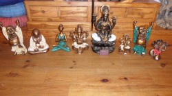 statues divers resine